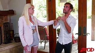 Passionate fucking in the bedroom with busty get hitched Mikki Lynn